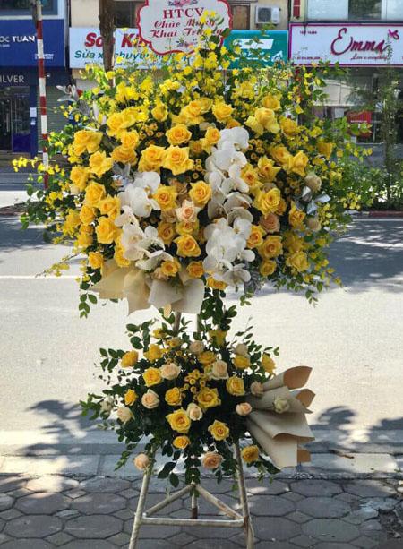 Xin địa chỉ đặt hoa khai trương giá rẻ và đẹp
