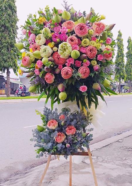 Cách chọn hoa khai trương đẹp giá rẻ