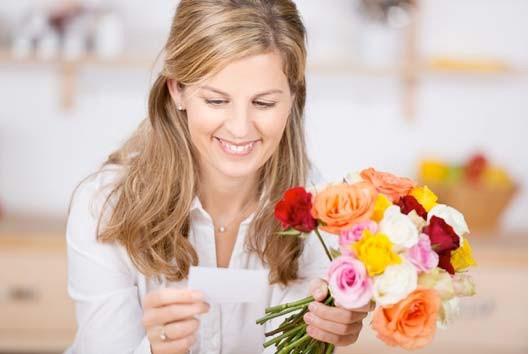 Gửi hoa chúc mừng
